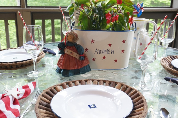 Table set for Memorial Day photo by Kathy Miller