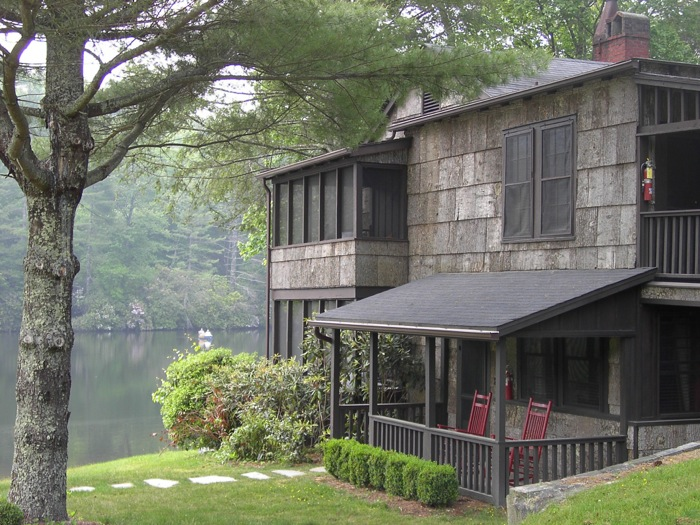 Cottage on the lake at High Hampton Inn photo by Kathy Miller