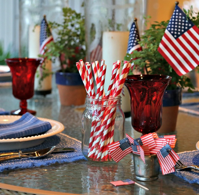 4th of July tables cape styled by Kathy Miller photo by Susan Scarborough