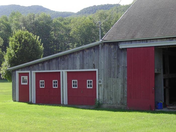 Vermont barn on Dorset Hollow Dorset VT photo by Kathy Miller