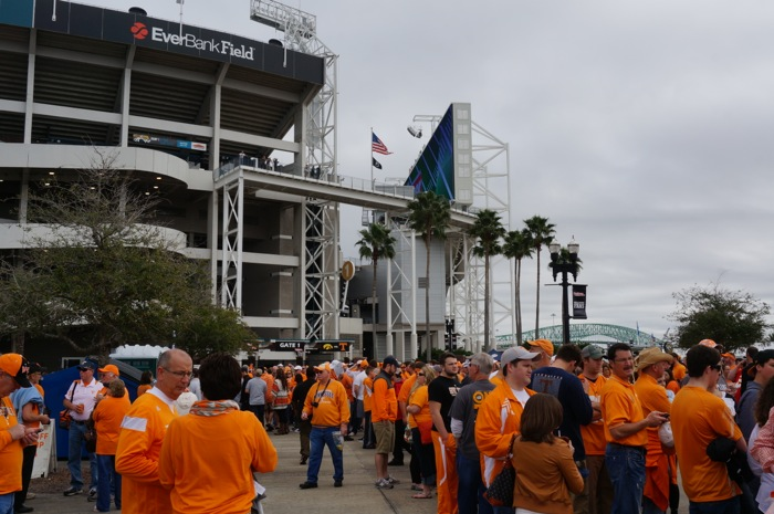 Jaguar Stadium for the Tennessee Vol Walk photo by Kathy Miller
