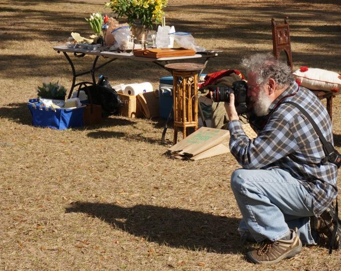 Steve Leimberg setting up photography photo by Kathy Miller