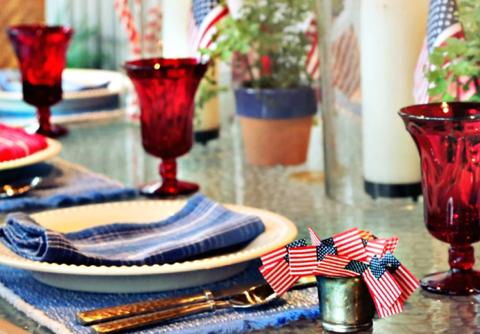 Patriotic table setting in time for the 4th of July photo by Susan Scarborough