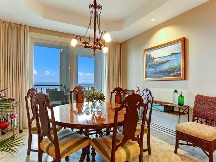 Dining room Spyglass Villa