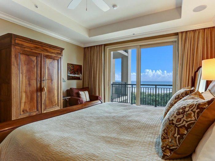 Master Bedroom Spyglass Villa