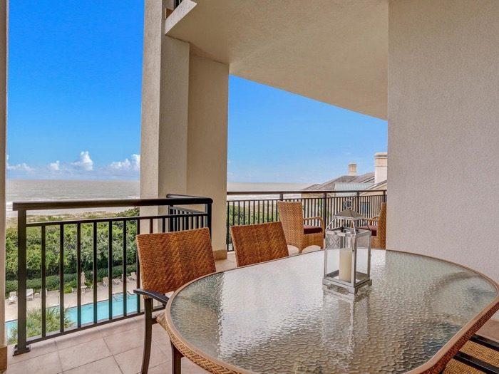Dining Alcove Balcony Spyglass Villas