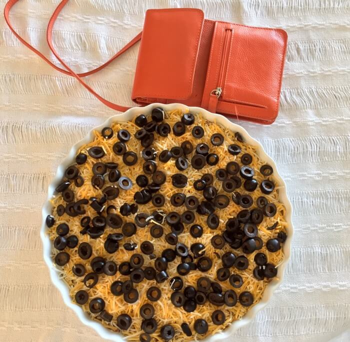 Donna's Dip with orange tailgating purse photo by Kathy Miller