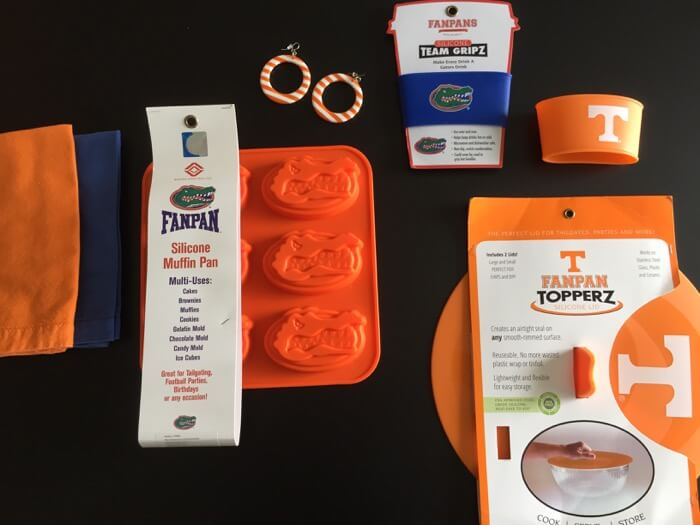 Florida silicone muffin Gator pan with Tennessee Fanpan TopperZ lid photo by Kathy Miller