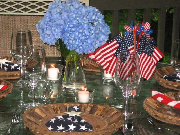 Memorial Day table setting photo by Kathy Miller
