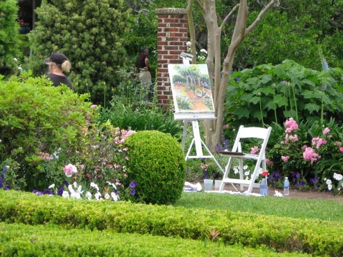 Painting in the Cummer Gardens photo by Kathy Miller
