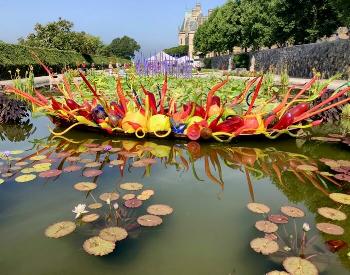 Fiori Boat 2018-Chihuly at Biltmore photo by Kathy Miller