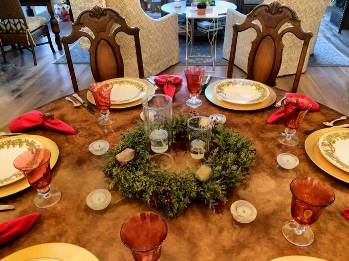 Christmas table setting photo by Kathy Miller