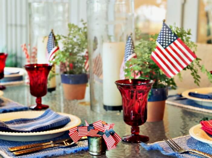 Memorial Day or 4th of July table