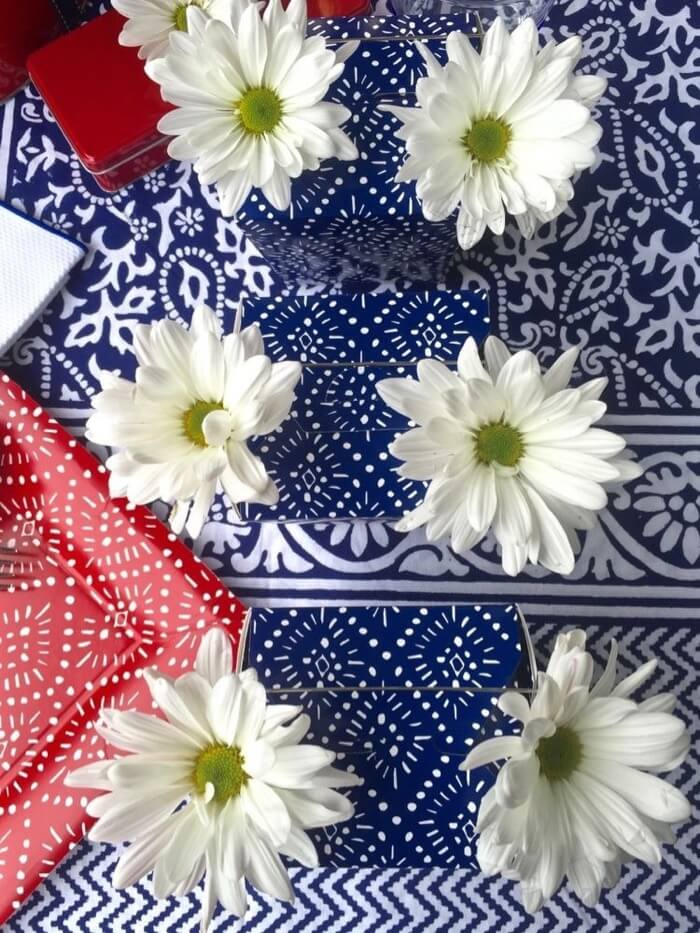 white daisies for the 4th
