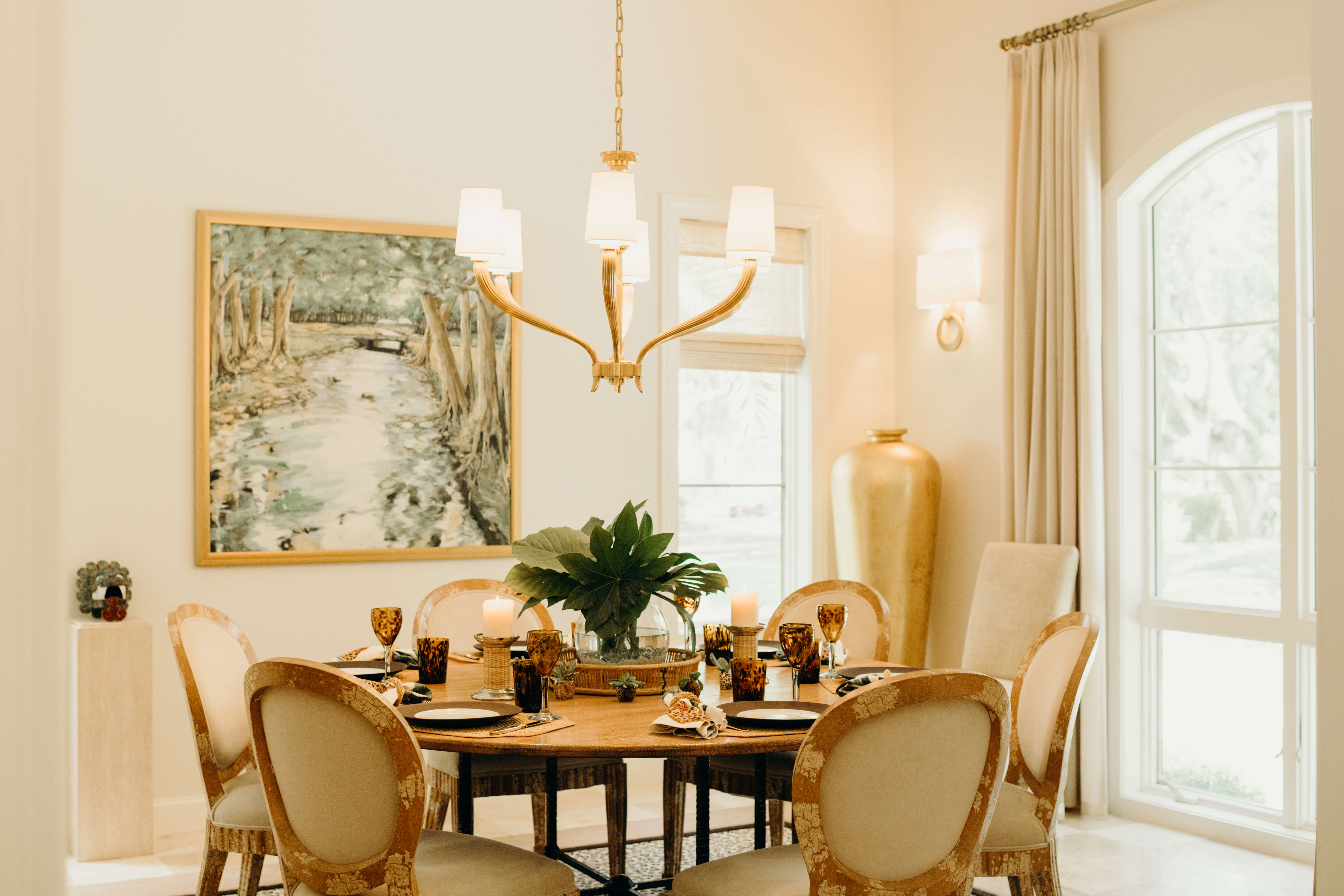 Fontaine dining room photo by Page Teahan