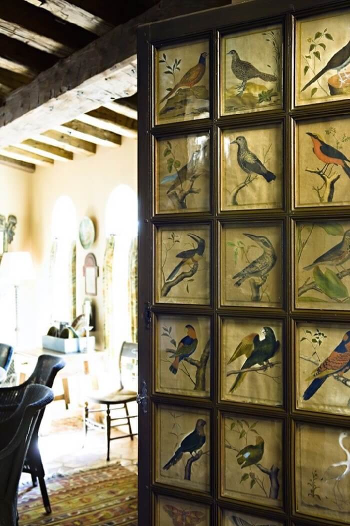 Birds art gallery wall Laure Bern Pinterest
