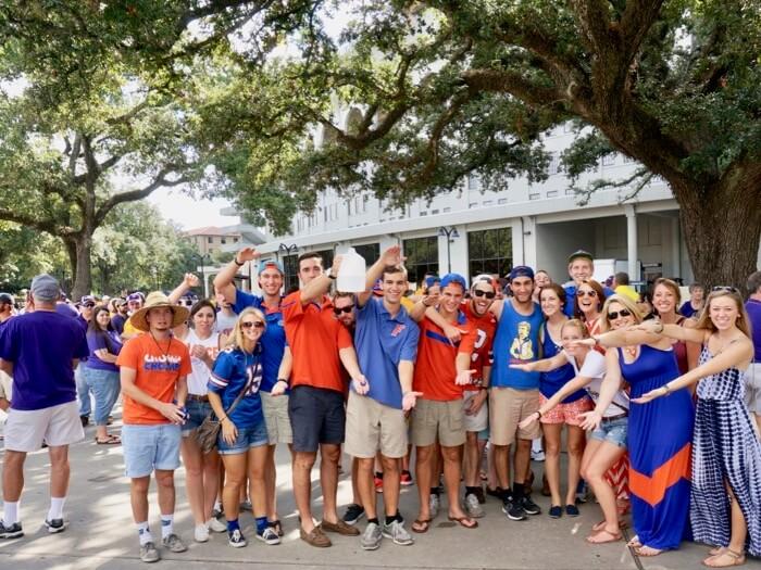 Gator fans chomping at LSU