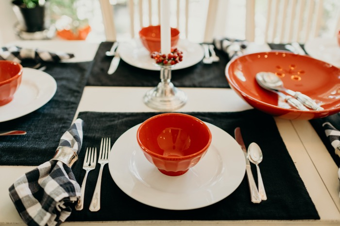 Lib Schuler's favorite red and black color tablesetting photo by Page Tehan