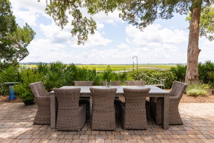 Marsh side dining on patio photo by Lynn Tennille