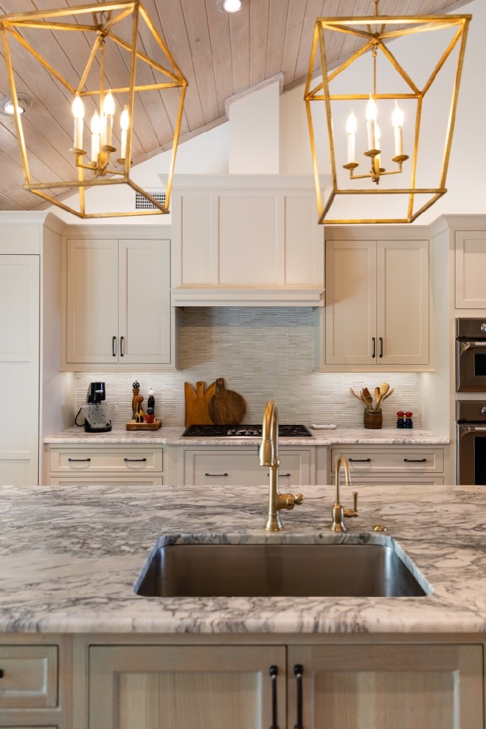Leathered Quartzite counter tops resembling oyster shells photo by Lynn Tennille