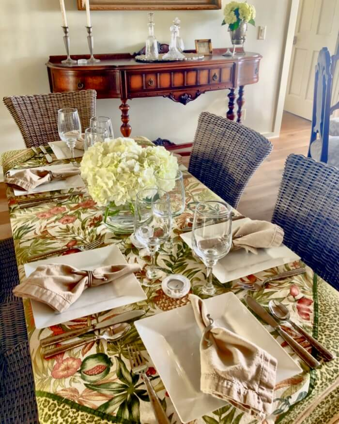 Flora tablecloth with natural napkins photo by Kathy Miller